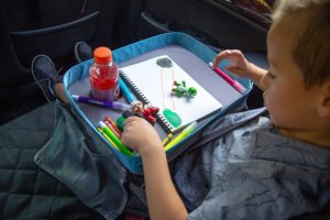 modfamily-travel-tray-lap-desk